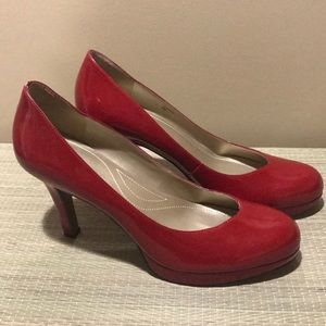 Tahari Red Patent Leather Heels
